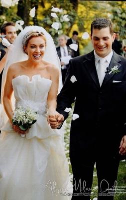 wedding amazing dress alyssa milano wedding pictures